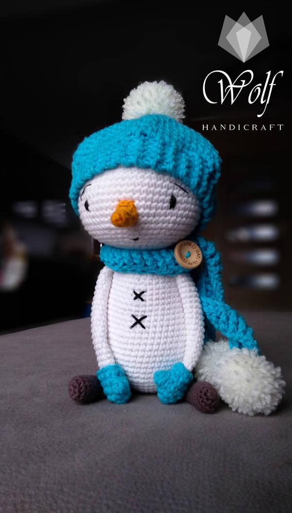 Snowman by Qmiczek