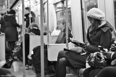 Reading by Logosh-L