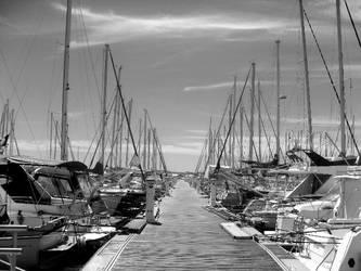 Dans le port de Hyeres by Emily-Pictures