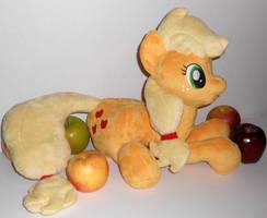 Applejack by Sophillia