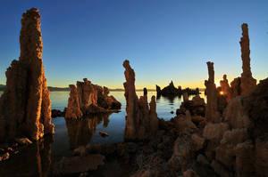 Mono Lake Clear Sunrise by enunez