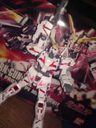 Last Shot, Unicorn Gundam. by KmanMiester325