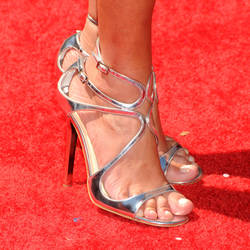 Kristin chenoweth toes