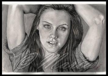 Kristen Stewart by mariaanghel