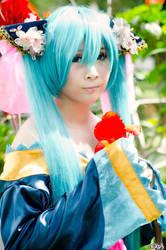 Butterfly Hatsune Miku Cosplay by oogabear