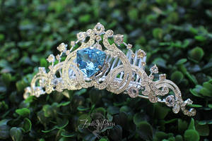Elsa Inspired Wedding Tiara by Firefly-Path