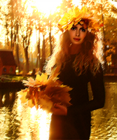 Lady Of The Autumn by fenida