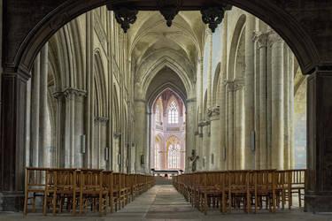 Falaise eglise Saint-Gervais-Saint-Protais by hubert61
