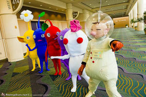 Lead the way Olimar by CosplayCousins