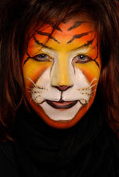 Facepaint II - Tiger by DarkDivineOne