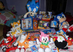 Large Sonic Lot Sales LOOOK :D by SEGAMew