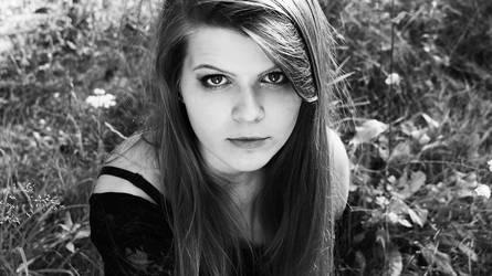 Portrait 2 by sheseido