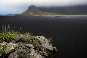 Beautiful Iceland 7 -black beach /outflow/ by CitizenFresh