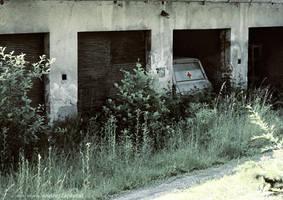 Hidden Ambulance by ondrejZapletal