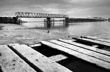 Batang Tuaka Bridge II by apipro