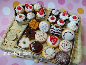 mini sweet stuff by Snowfern