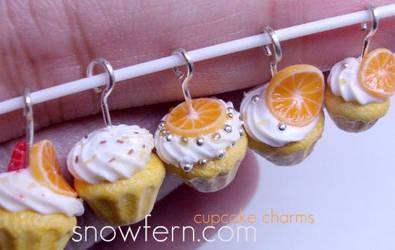 cupcake charms by Snowfern