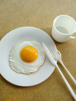 Miniature Egg SD-Sized by Snowfern