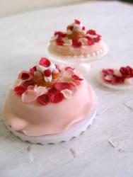 Miniature Rose Petal Cake 1-12 by Snowfern