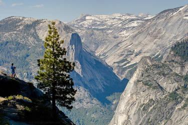 Yosemite Photographer by Arai-Foto