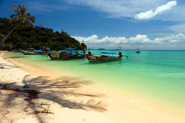 Phi Phi Island by Phill-J