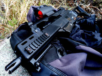 G36 with Red Dot 2 by YoLoL