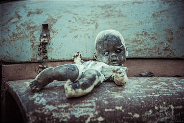 Macaber Doll 2 by xAgNO3x
