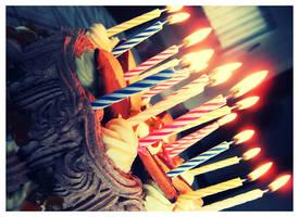 birthday cake by larkys