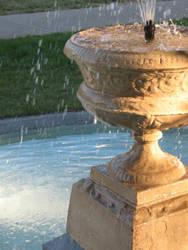 Fountain II by xoxoMissAshlee