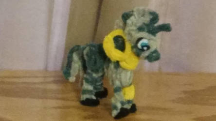 Pipe Cleaner My Little Pony Zecora by MetalliSnowLeopard