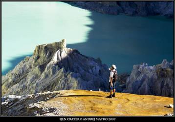 Ijen Crater by SchaF