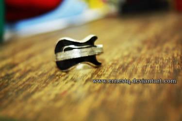 Guitar Ring by ERNESTQ