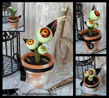 Hamilton the Eyeball Plant by JeyBarnes