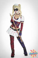 Harley Quinn - Nipponia photoshoot by AnaSBertola