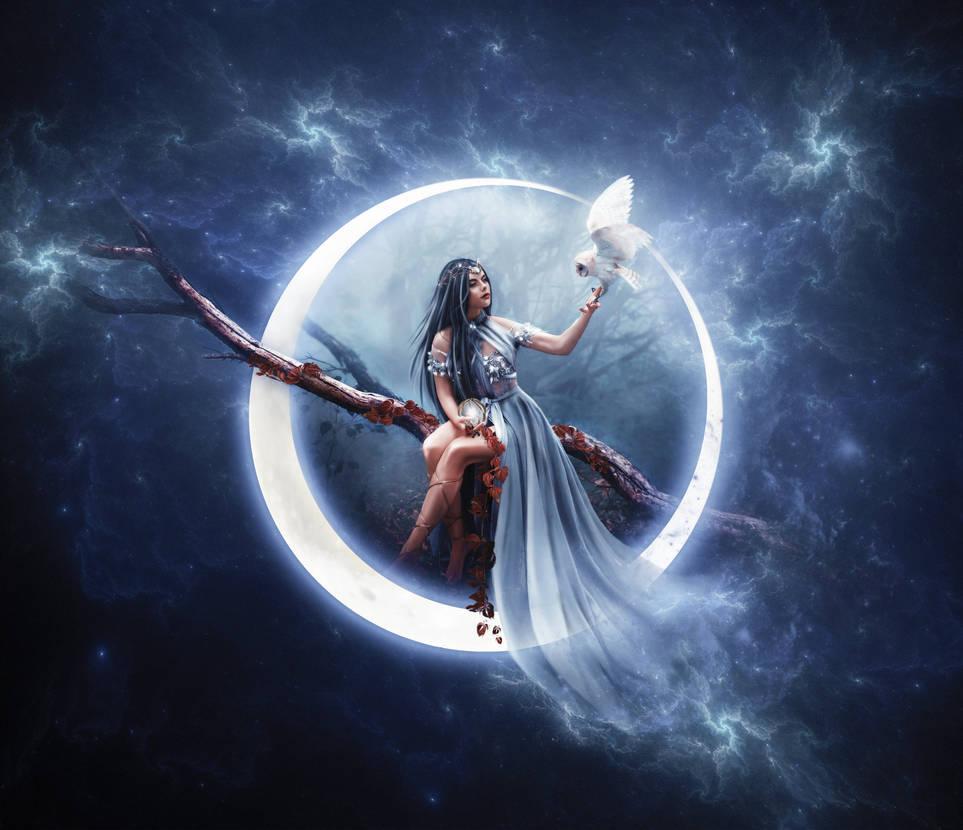 Luna by Arwenlindorie
