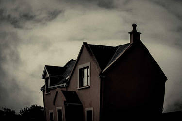 Haunted house by clalepa