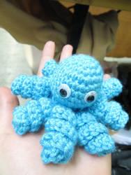 A blue octopus by LixyAmi