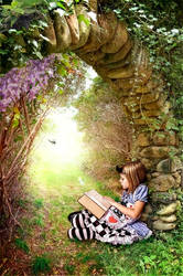 Little Reader by kayceeus
