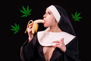 Cannabis Fertilizers - Take Banana! by angrybudcom