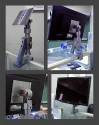 Monitor Mount by CrazyChucky