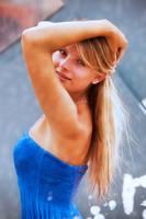 Girl in Fountain by wstoneburner