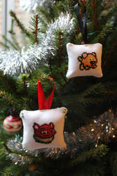 Neopets Christmas Ornaments by AlaskanAsh