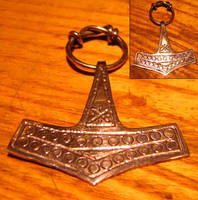 thor's hammer by simoniculus