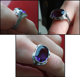 Amethyst ring by simoniculus