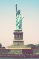 statue by hemingwaycafe