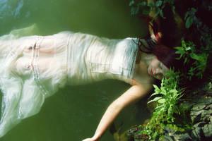 Ophelia by Aradenia