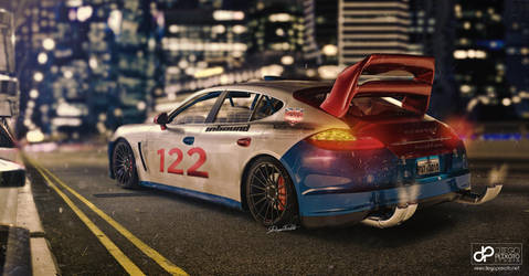 Not an everyday hybrid car - Porsche Panamera by CrazyPXT