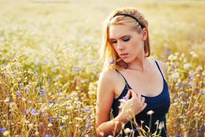 Walking alone. by Lukreszja