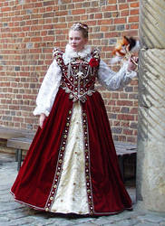 Queen Elizabeth I, the third.. by Noergli