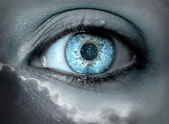 Blue Dreamy Eye by Elle124